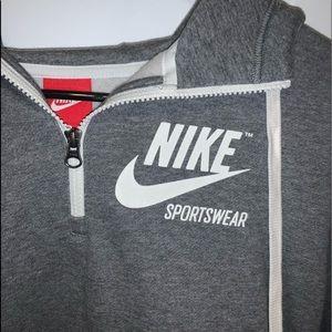 Nike half zip with hood *basically new!*